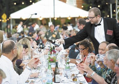 Todd Steele, of Metrovino