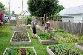Bar Avignon co-owner Nancy Hunt (right) and Rodney Bender, a professional gardener at Broken Fence Garden.