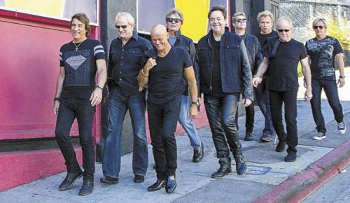 (Left to right) Chicago band members Walfredo Reyes Jr., Lee Loughnane, Tris Imboden, Robert Lamm, Lou Pardini, Keith Howland, Ray Herrmann, James Pankow and Jeff Coffey. ##Photo by David M. Earnisse