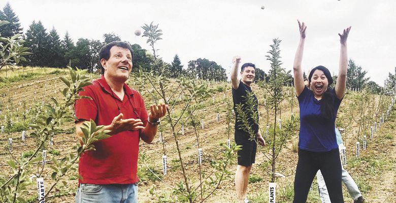 Nicholas Kristof with wife Sheryl