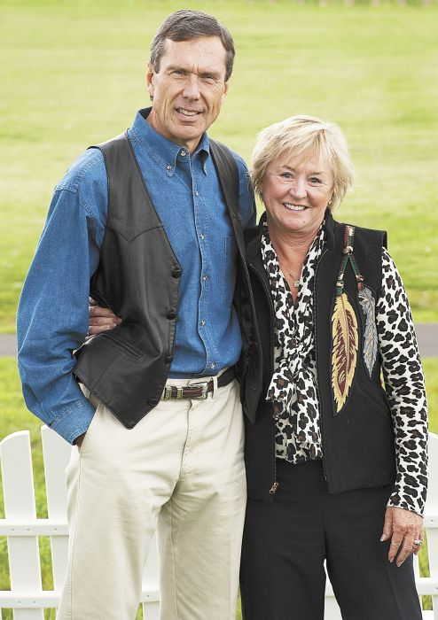 Bill and Cathy Stoller. After Cathy s sudden passing in 2012, WOW named an annual scholarship program after her; Bill contributes to the fund.