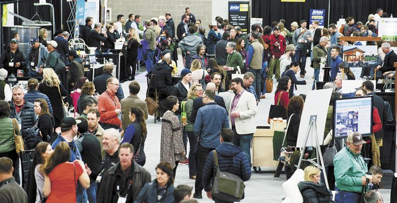 The trade show floor fills with members of the industry during a trade show break. ##Photos by Carolyn Wells-Kramer