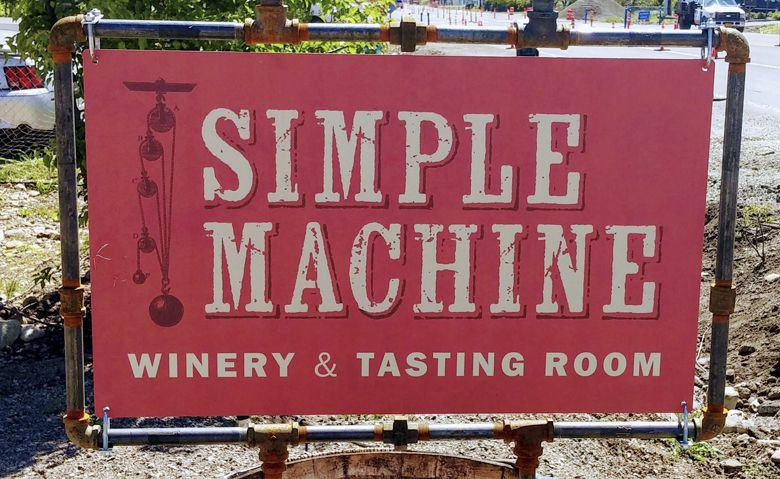 Simple Machine tasting room sign in Talent, Oregon. ##Photo by Michael Alberty